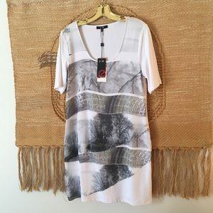 Yest kioko dress white shaded grey new size M